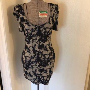 2b Bebe Tie-dye looking print dress
